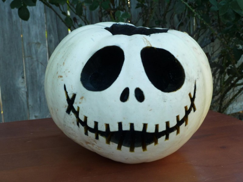 Pumpkin carving patterns and stencils zombie pumpkins White pumpkin carving ideas