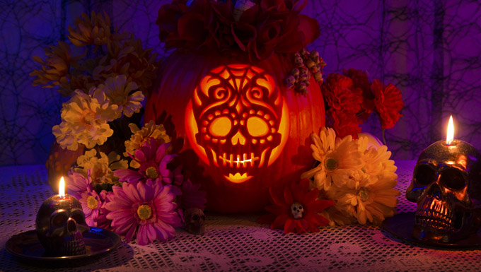 Sugar Skull pumpkin carving